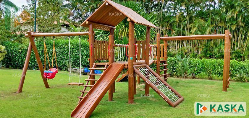 Playground de Madeira em Eucalipto Tratado